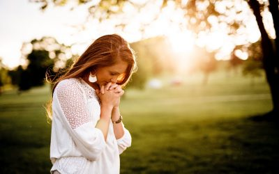 Six Ways Christian Writers Can Pray Over Their Stories